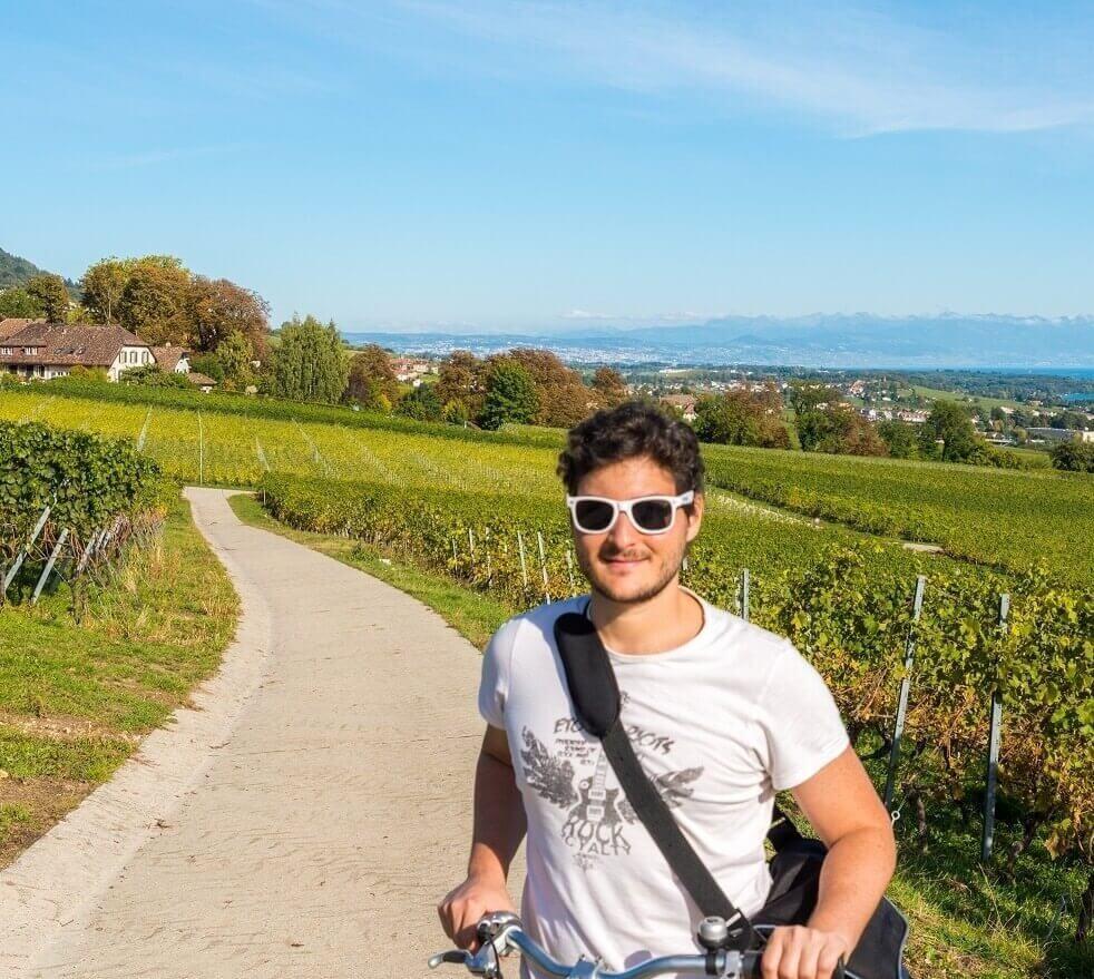 Cycle Tourism along Milan's Canal Navigli Network